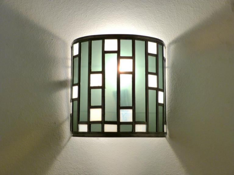 luminaires appliques murales vitrail vente en ligne. Black Bedroom Furniture Sets. Home Design Ideas