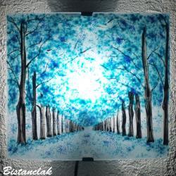 applique d'ambiance turquoise motif chemin bordé d'arbres bleu