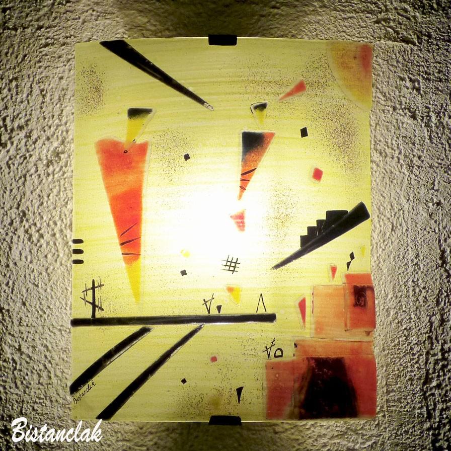 applique jaune et rouge inspiration kandinsky