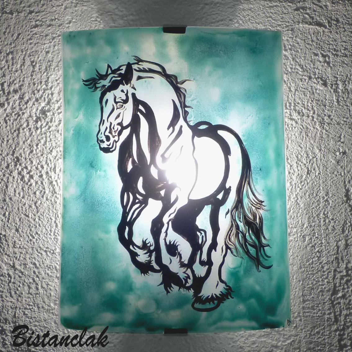 Applique luminaire coloré vert turquoise motif cheval cabré