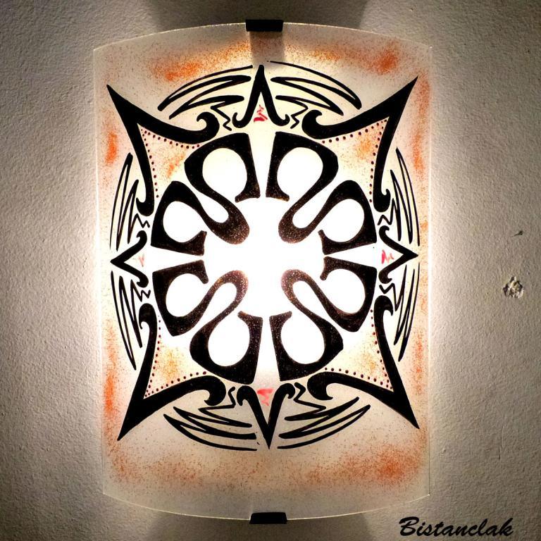 applique murale ethnique motif Mandala rouge
