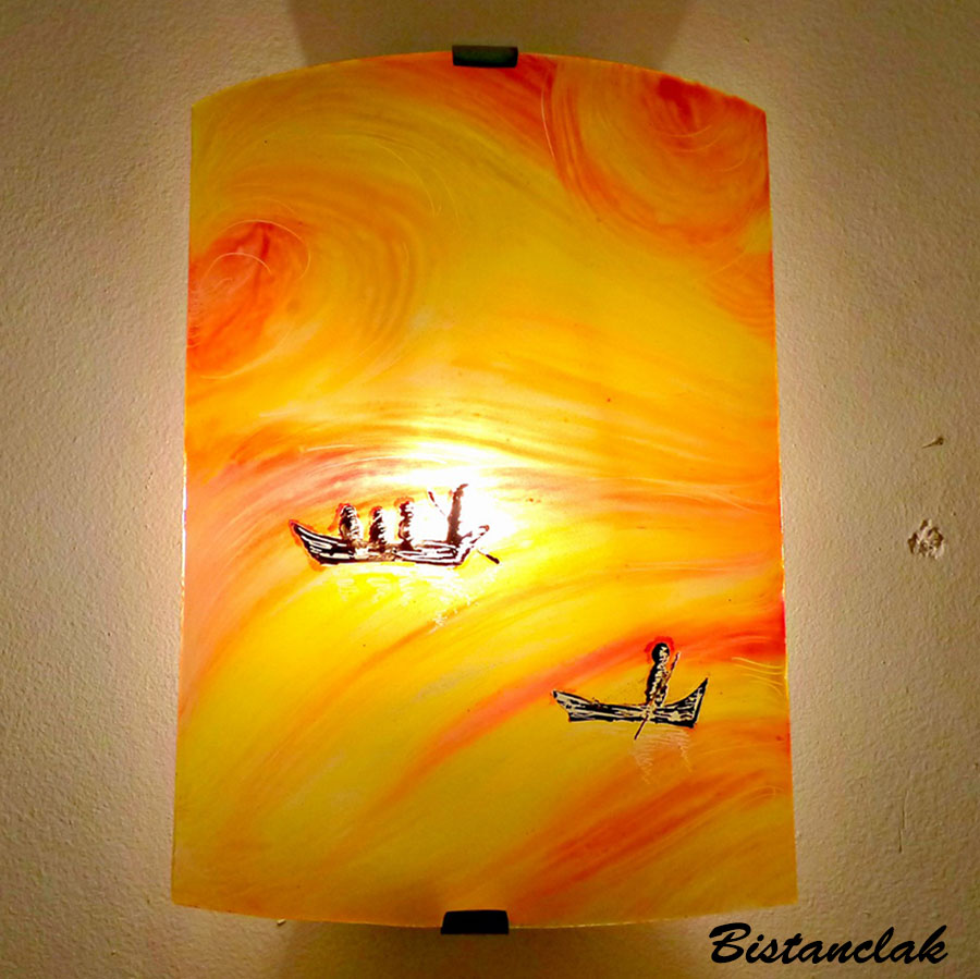 applique murale jaune, orange et rouge motif entre ciel et mer (3)