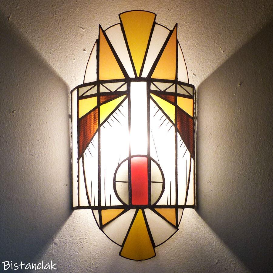 Applique murale vitrail masque jaune orangé
