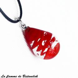 Bijou artisanal en verre file goutte de verre avec une spirale rouge