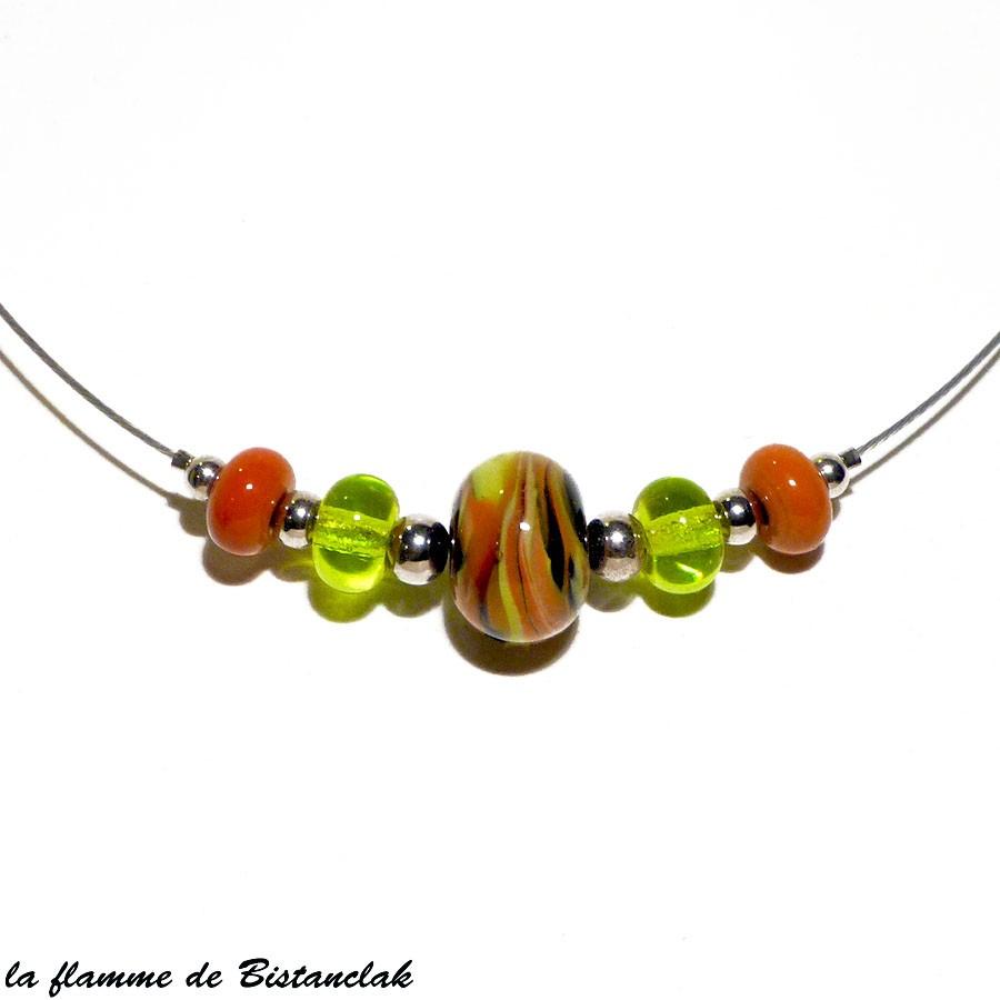 Collier artisanal de perles de verre couleur vert pomme et cuivre