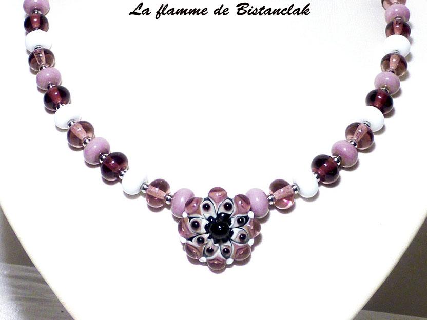 Collier fleur rose violet glycine