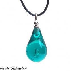 Collier pendentif goutte de verre file bleu canard transparent vendu en ligne sur notre site