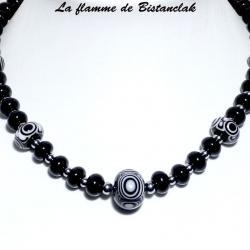 collier perles de verre noires et blanches collection psyché