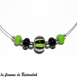 Collier perles de verre vert et noir