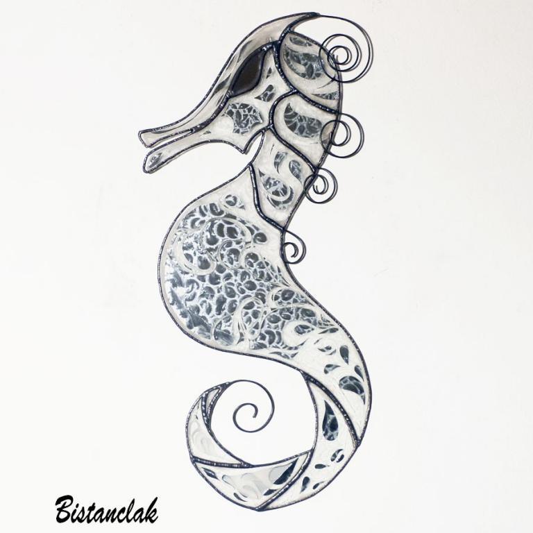 création vitrail hippocampe decoration murale