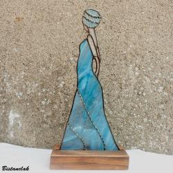 Déco vitrail femme en bleu