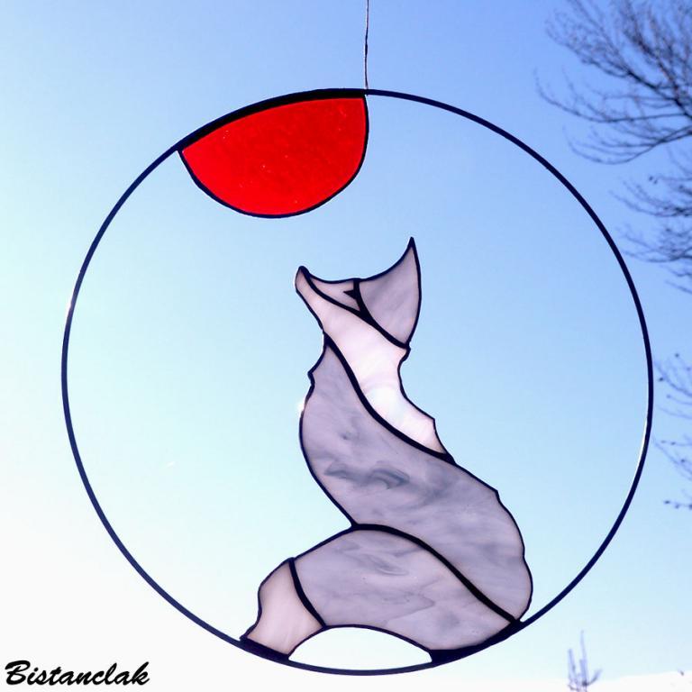 Décoration vitrail tiffany loup sous la lune rouge