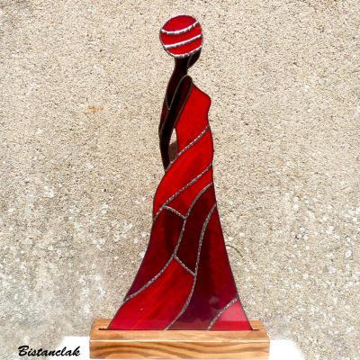 Décoration femme africaine rouge en vitrail tiffany