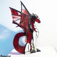 dragon vitrail en volume rouge et ivoire