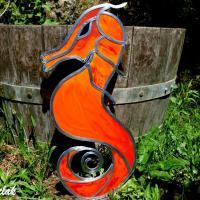 hippocampe orange rouge une décoratio vitrail à suspendre