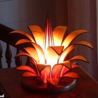 Lampe d'ambiance artisanale fleur jaune orangé