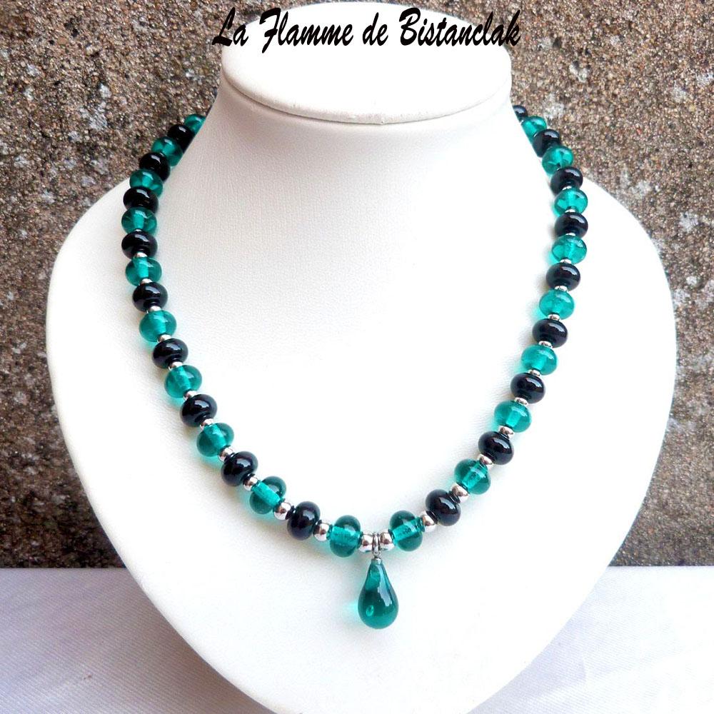Collier goutte centrale et perles de verre bleu canard et noir