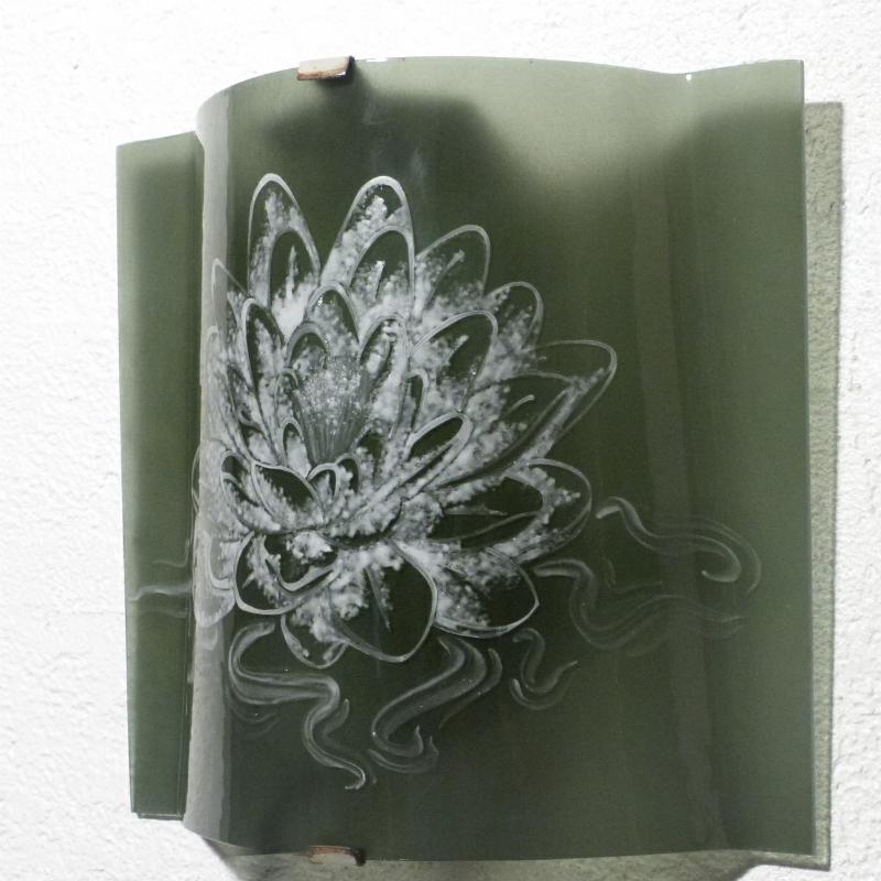 Applique artisanale decorative couleur gris acier motif lotus blanc 3