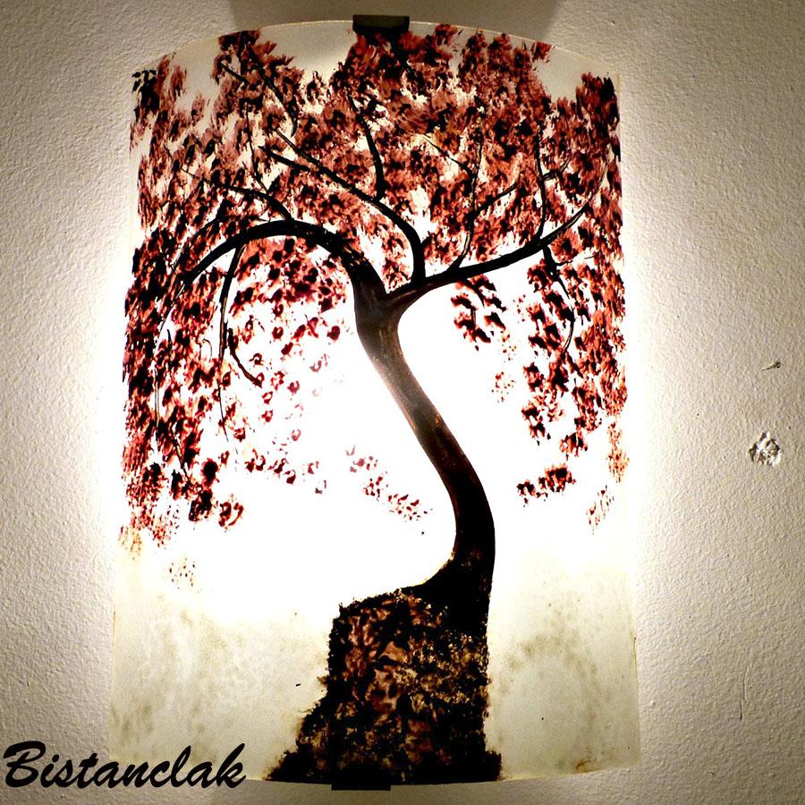 Applique artisanale decorative motif l arbre rouge au dessus des nuages 4