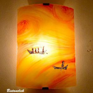 Applique artisanale jaune orange motif barques entre ciel et mer