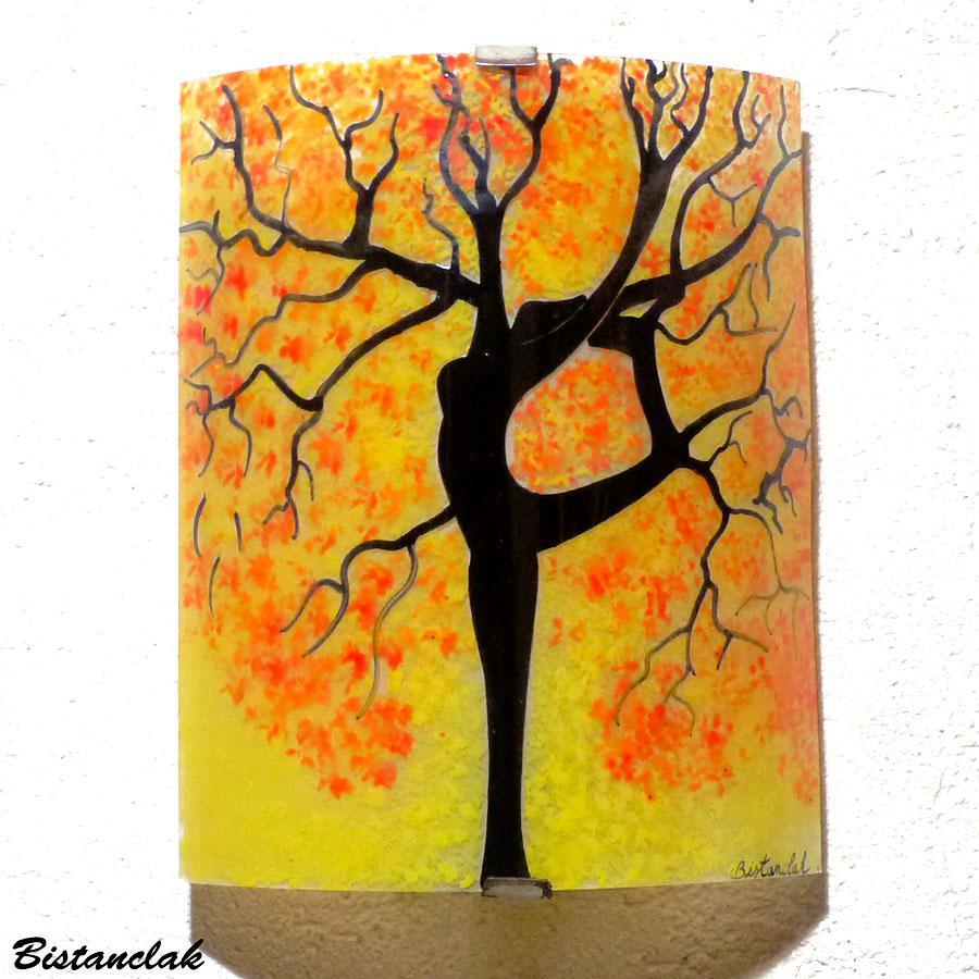 Applique artisanale motif arbre danseuse jaune orange et rouge