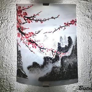 Applique artisanale demi-cylindre motif montagnes et cerisier du Japon