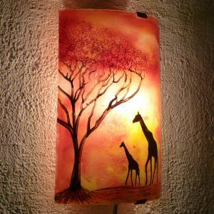 Applique d ambiance africaine demi cylindre jaune orange rouge motif les girafes dans la savane 4