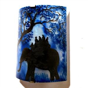 Applique d ambiance artisanale bleu motif ballade a dos d elephant 3