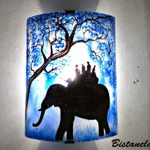 Applique d ambiance artisanale bleu motif ballade a dos d elephant 5