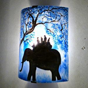Applique d ambiance artisanale bleu motif ballade a dos d elephant 6