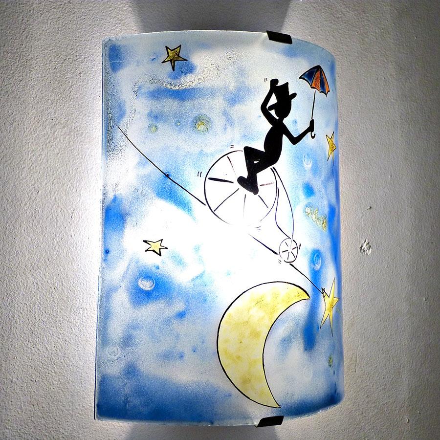 Applique d ambiance fantaisie bleu motif le funambule et la lune 7
