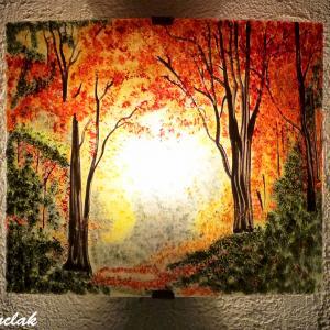 Applique d ambiance jaune orange roug et vert e au dessin d une clairiere d automne creation artisanale francaise d appliques par bistanclak