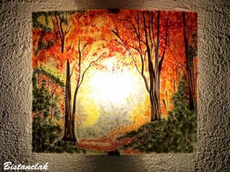 Applique d ambiance jaune orange rouge et vert au dessin d une clairiere d automne