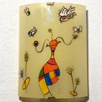 Luminaire mural artisanal multicolore au motif fantaisie de globulle et les gronoeil 2