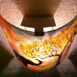 Applique d ambiance multicolore motif elephant a la trompe levee creation artisanale par bistanclak 7
