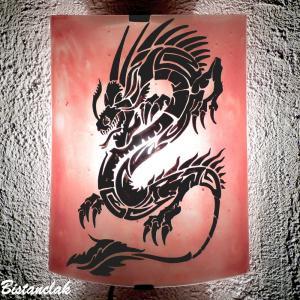 lampe applique rouge clair motif dragon noir