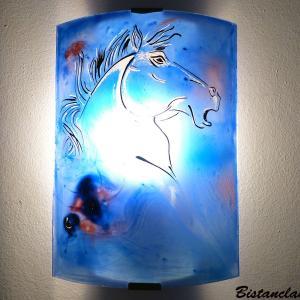 Applique demi cylindre artisanale bleu cobalt motif tete de cheval 1