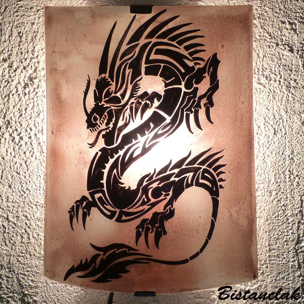 Lampe applique de couleur brune motif dragon