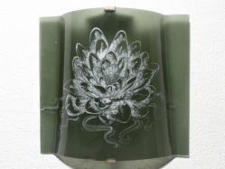 Applique murale gris acier motif lotus blanc