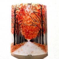 Applique luminaire au motif d un chemin borde d arbres rouge