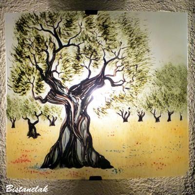 Applique motif olivier en plein champs