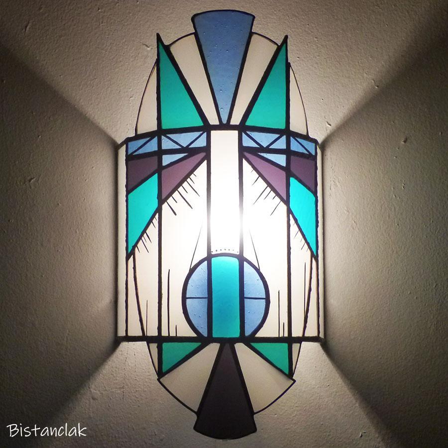 applique vitrail masque bleu, turquoise, violet et blanc