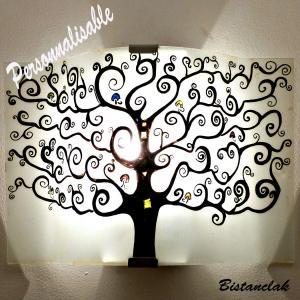 Applique d'ambiance personnalisable motif arbre de vie proposée à la vente en ligne