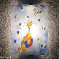 Applique murale artisanale coloree au motif surrealiste par bistanclak