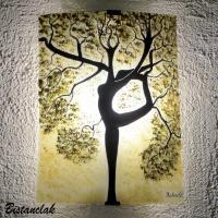 Applique murale coloree teinte chaude motif arbre danseuse creation artisanale par bistanclak