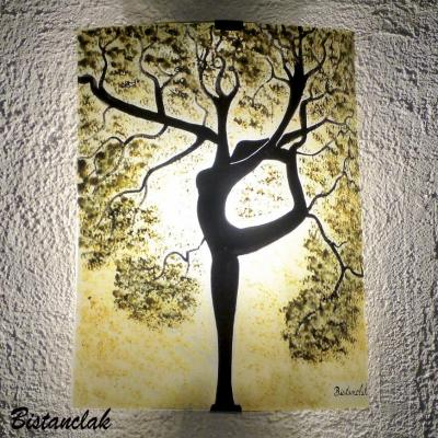 Applique murale coloree teinte chaude motif arbre danseuse creation artisanale par bistanclak