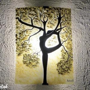 Applique murale coloree teinte chaude motif arbre danseuse vendue en ligne