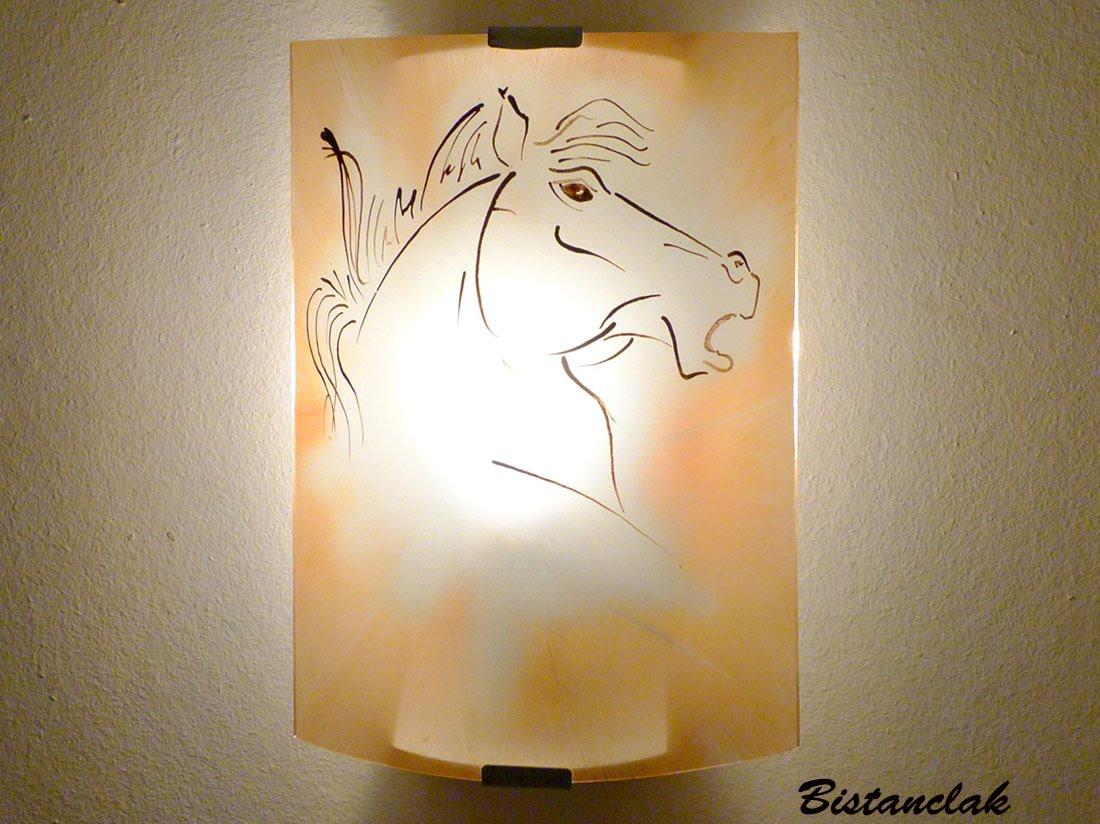 Applique luminaire d'ambiance couleur sable motif tete de cheval 4