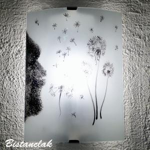 Applique murale decorative blanche et noire au dessin d un souffle sur des pissenlits vendue en ligne sur notre site une creation artisanale par bistanclak