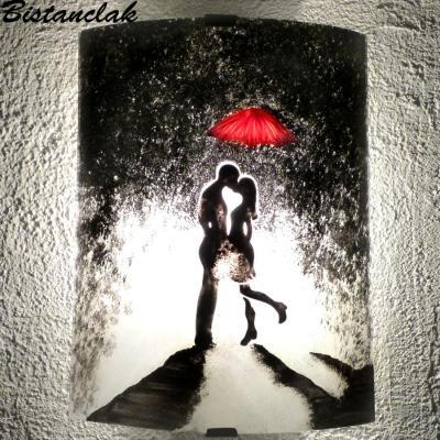 Applique murale romantique  motif un baiser sous la pluie
